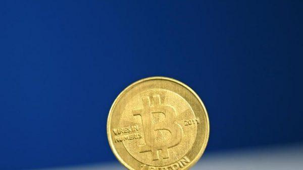 El Bitcoin pierde un 10% en un día en el que predominan los números rojos Por Investing.com